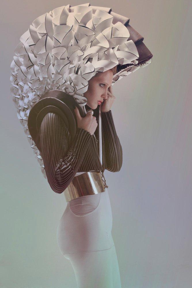 Ph: Victoria Leites / As: Julian Giacobbe / Stylist: Dra. Whatavision / Make up: Joy Blanco para Jazmín Calcarami Estudio/ Hair: Alejandro Reyes / Model: Janet Bianconi para REBEL MANAGEMENT